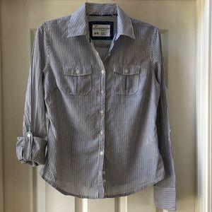 Aeropostale 2pocket button down pinstriped shirt M